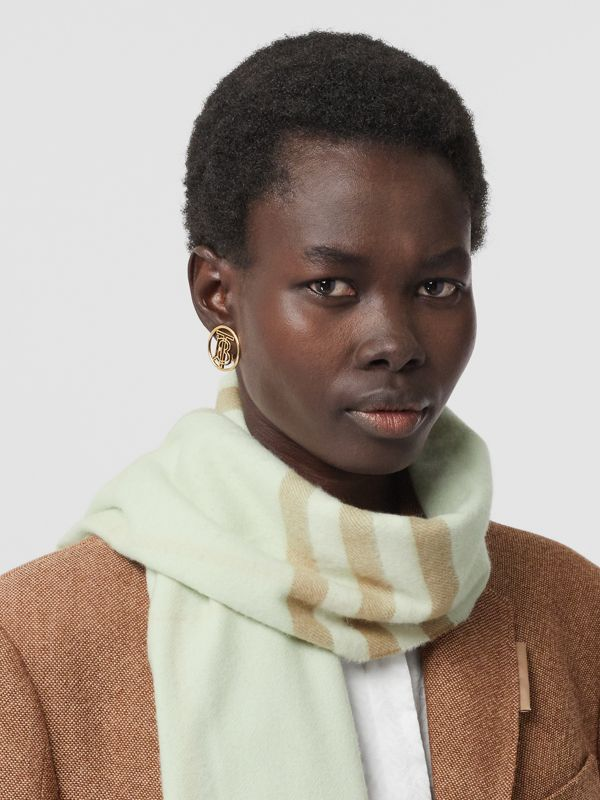 The Classic Check Cashmere Scarf in Pistachio | Burberry Singapore - cell image 2