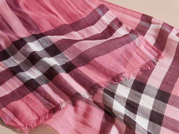 Exploded Check Wool Silk Scarf Rose Pink - cell image 1