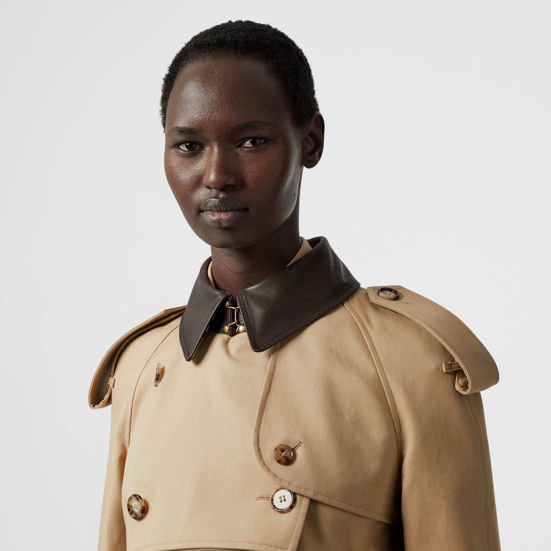 Deconstructed Cotton and Lambskin Trench Coat in Honey - Women | Burberry - gallery image 7