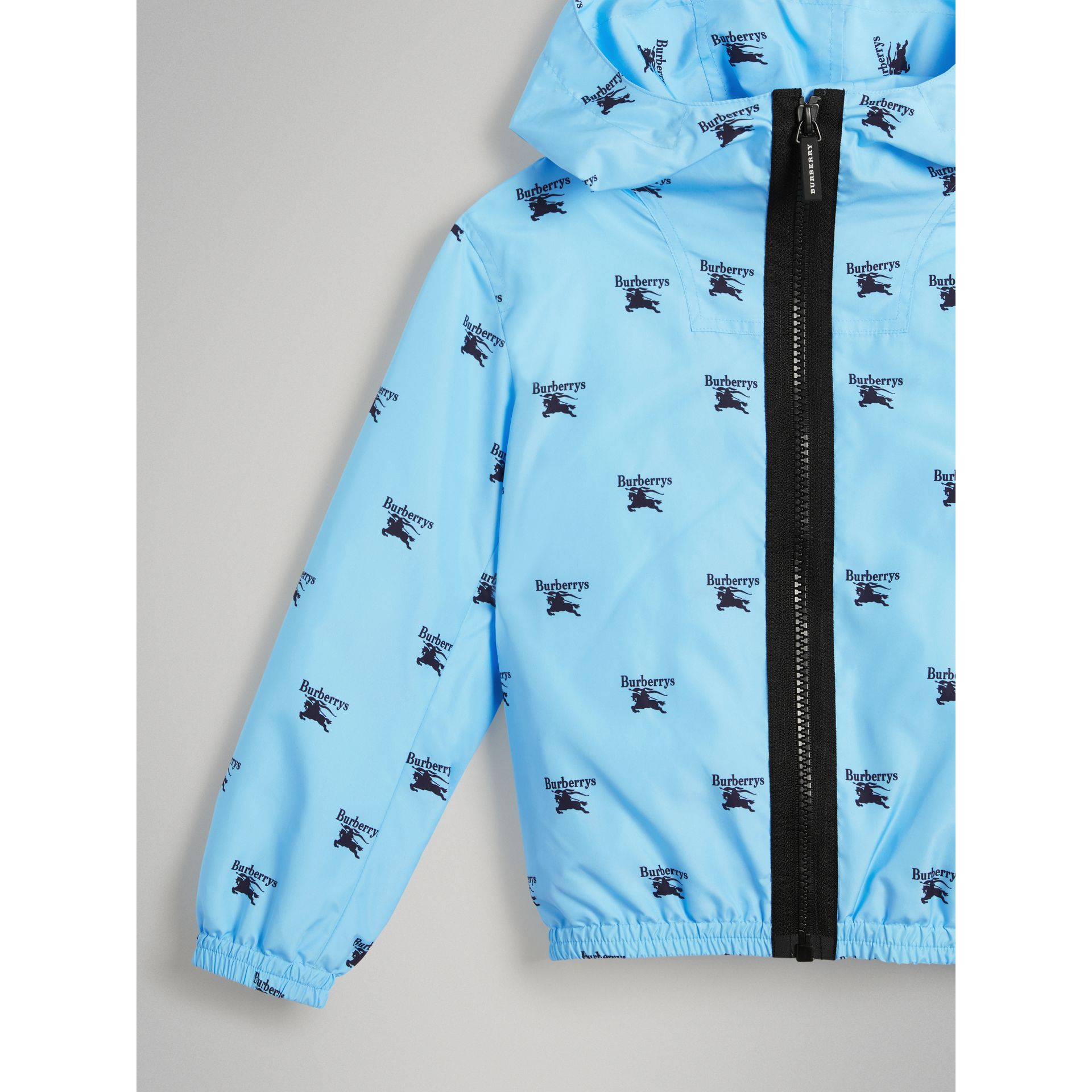 Archive Logo Print Lightweight Hooded Jacket in Sky Blue - Boy | Burberry - gallery image 4