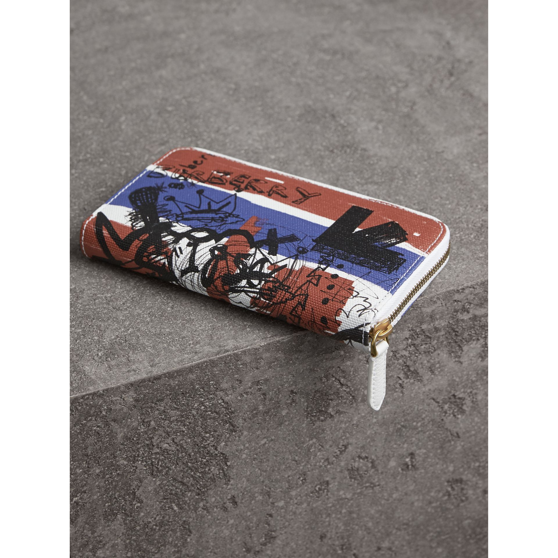 Doodle Print Coated Canvas Ziparound Wallet in Red/blue | Burberry - gallery image 2