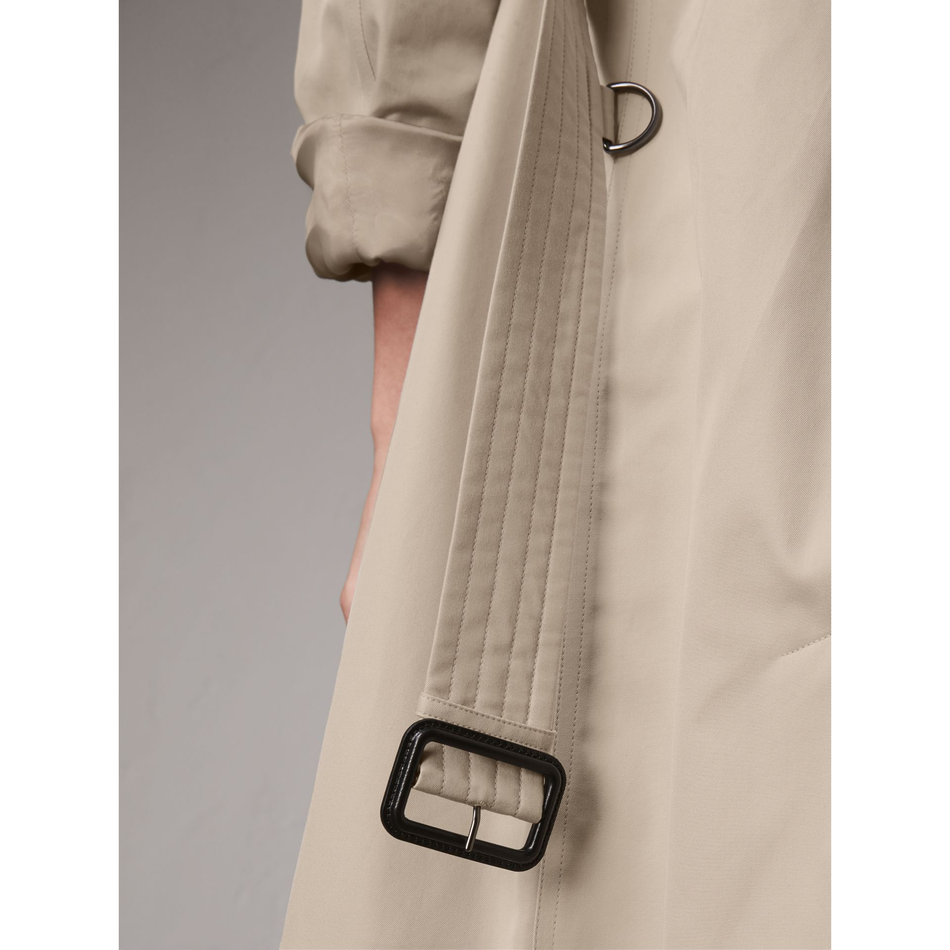 The Kensington – Trench extra-long (Stone) - Femme | Burberry - photo de la galerie 6