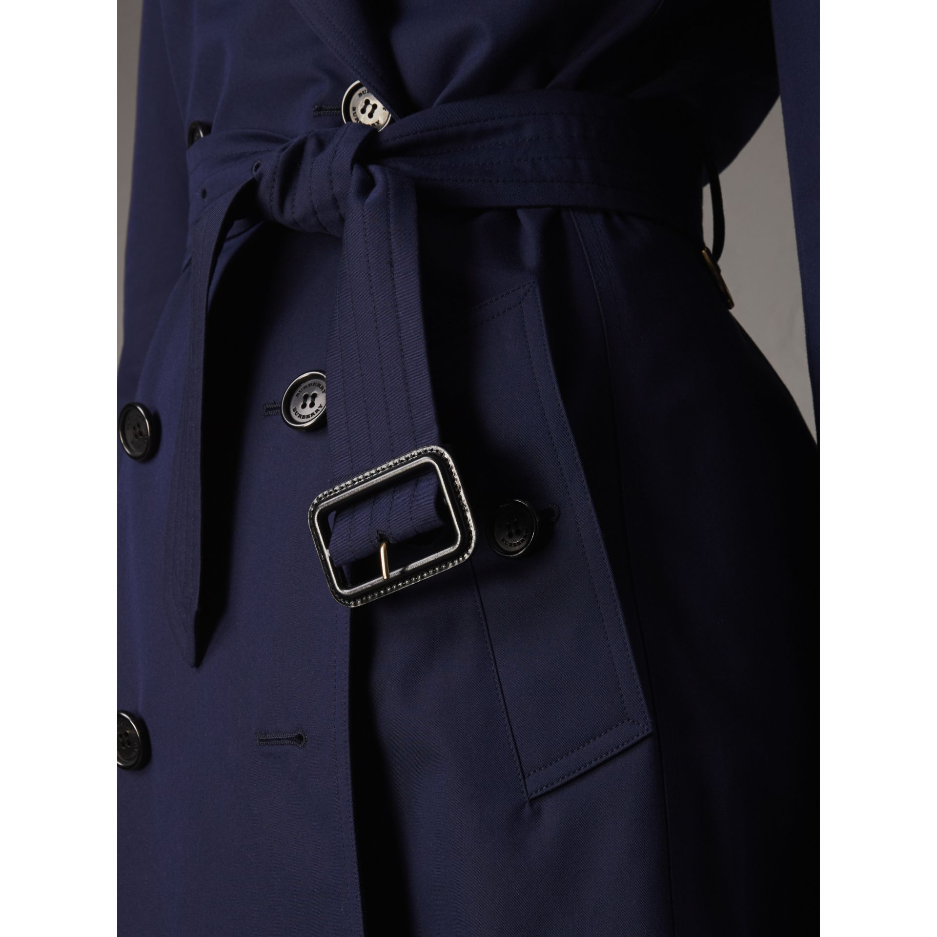 Cotton Gabardine Trench Coat in Blueberry - Women | Burberry Canada - gallery image 5