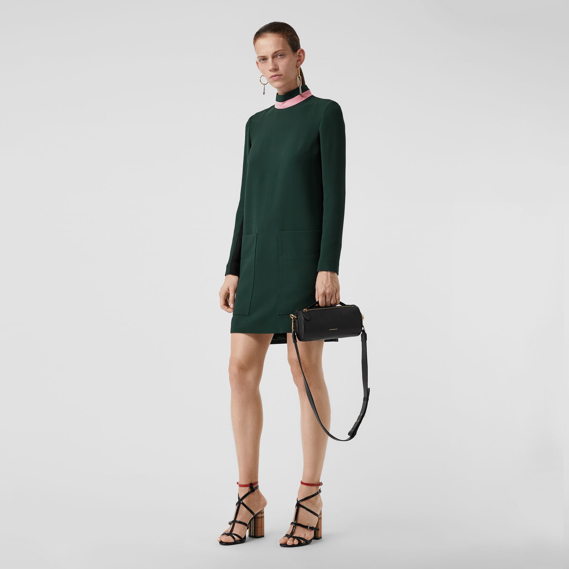 Two-tone Silk Wool Shift Dress in Dark Forest Green - Women | Burberry United Kingdom - gallery image 0