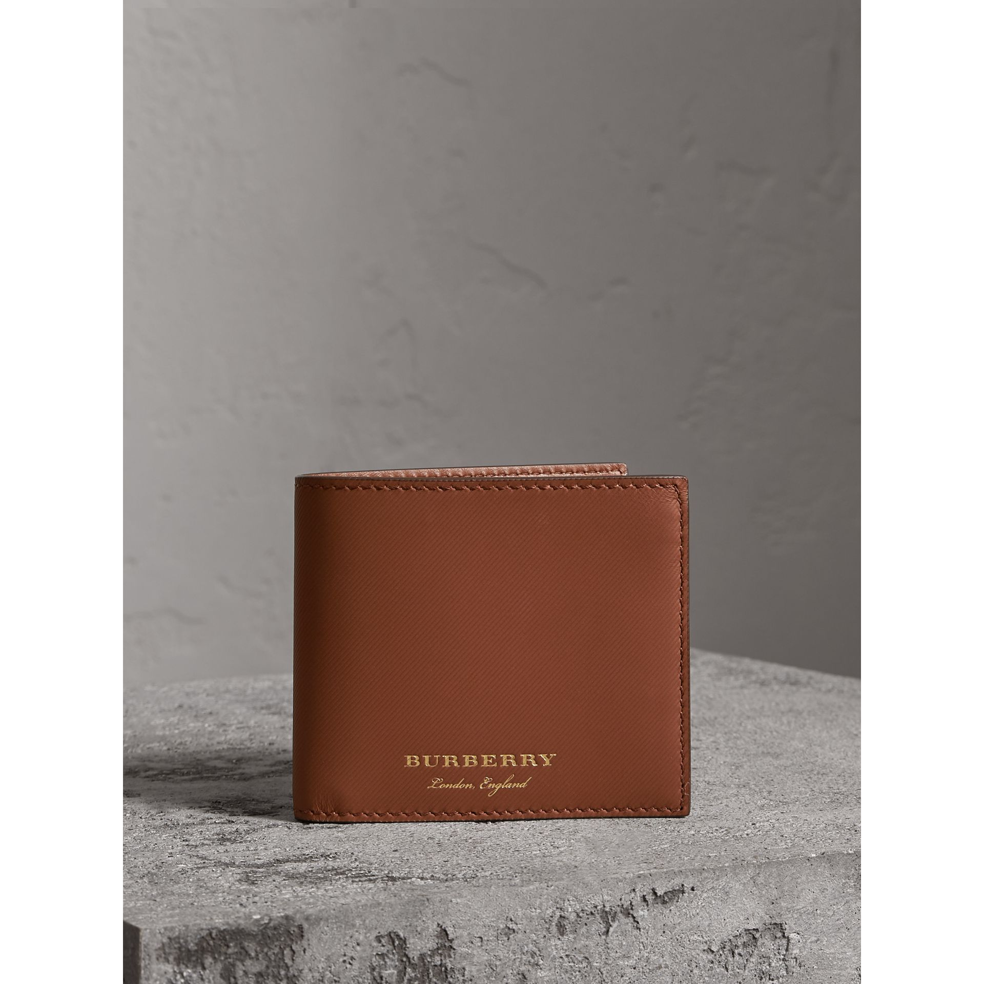 Trench Leather Bifold Wallet with Removable Card Case in Tan - Men | Burberry United Kingdom - gallery image 4