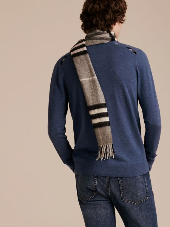 Lightweight Crew Neck Cashmere Sweater with Check Trim Dusty Blue - cell image 2