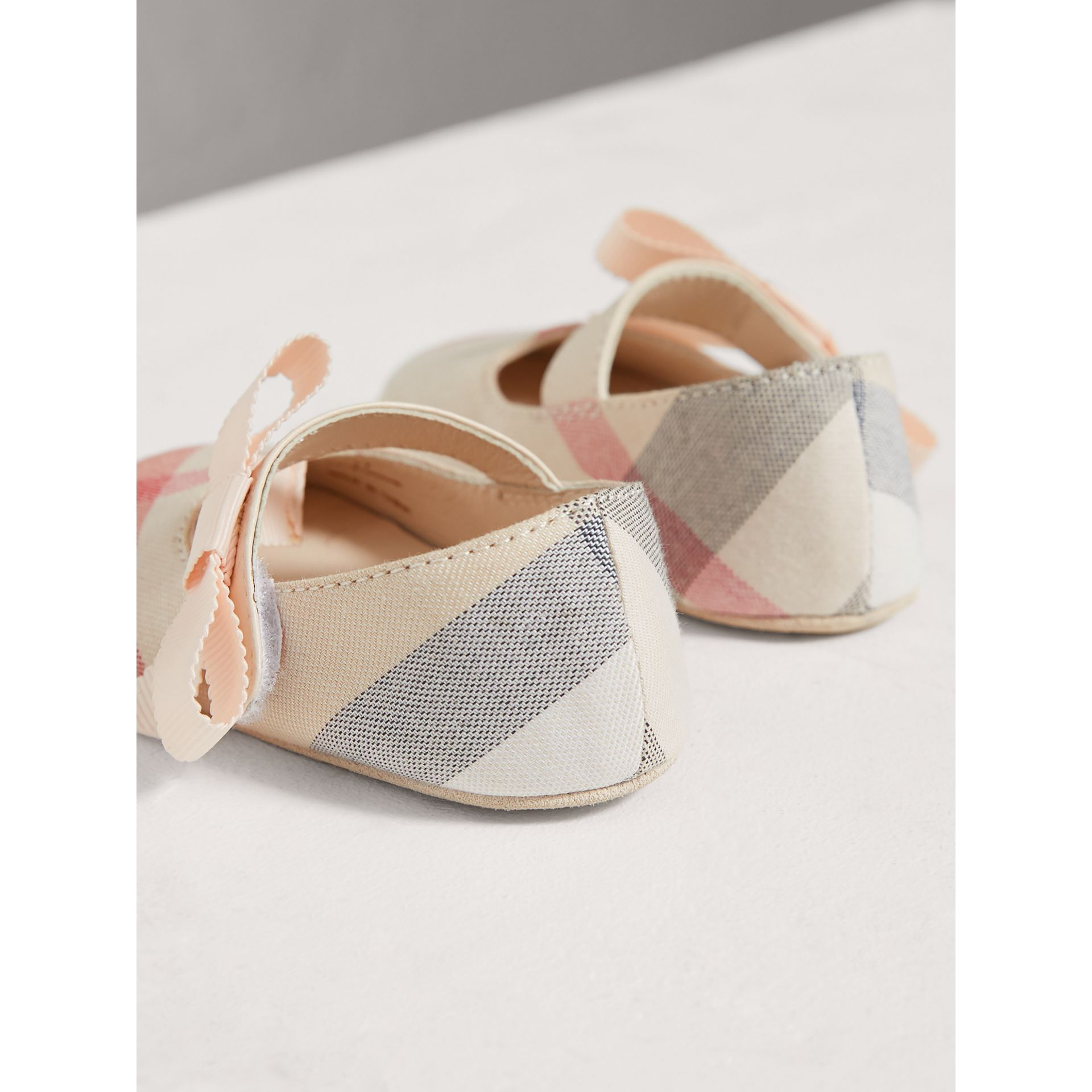 Bow Detail Check Cotton and Leather Ballerinas in Pale Classic - Children | Burberry - gallery image 2