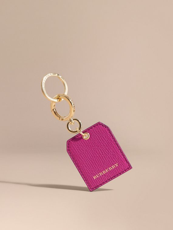 Grainy Leather Key Charm in Brilliant Fuchsia
