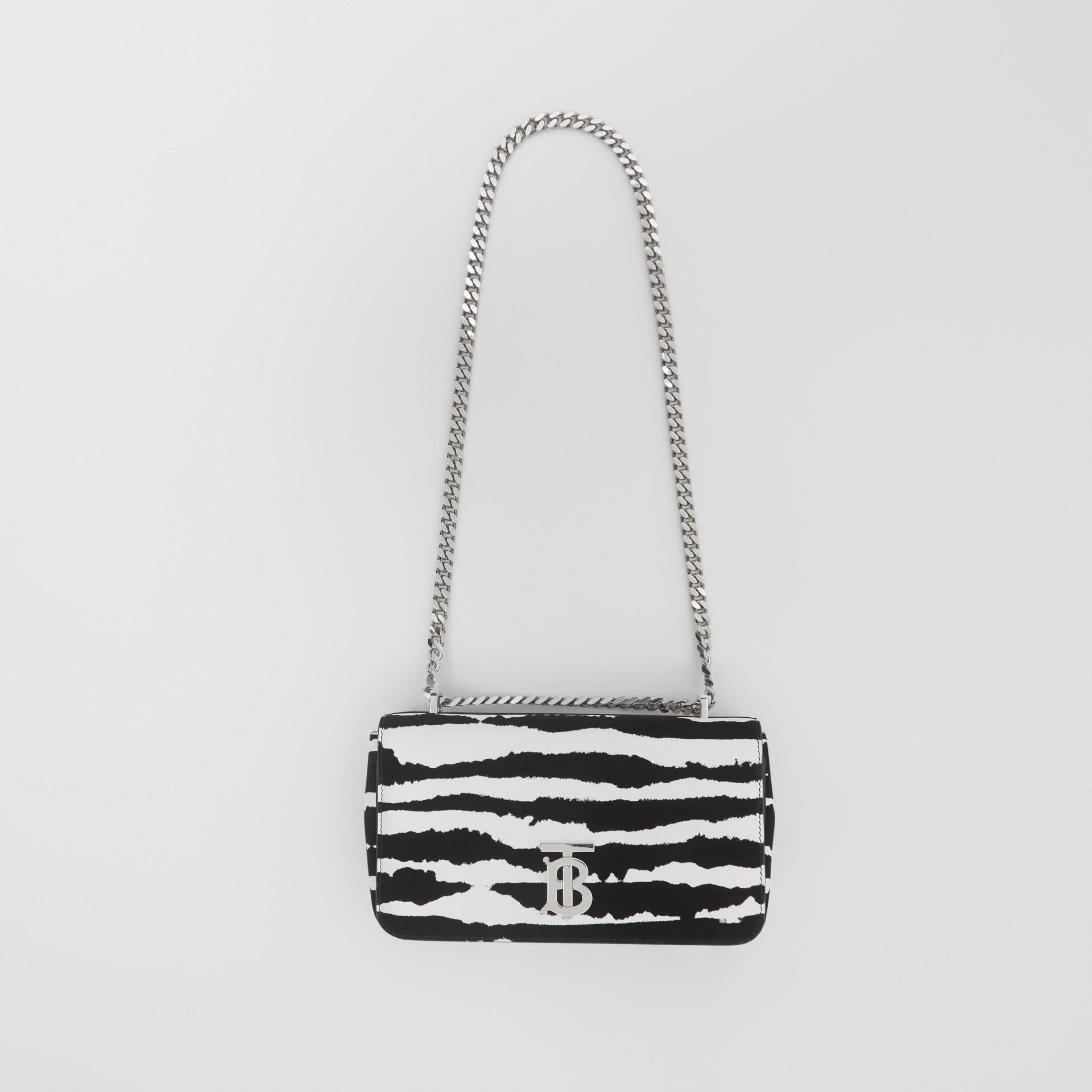 Borsa Lola piccola in pelle floccata con motivo acquerello (Bianco/nero) - Donna | Burberry - immagine della galleria 3