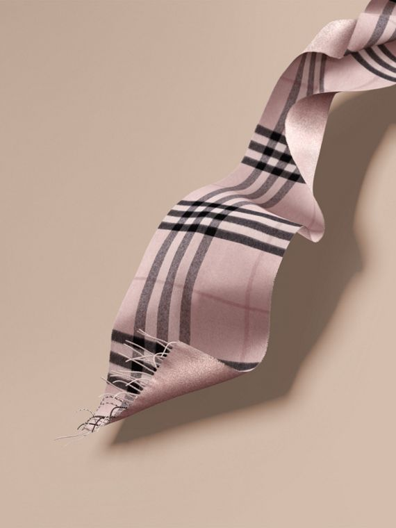 Reversible Metallic Check Cashmere Scarf in Ash Rose