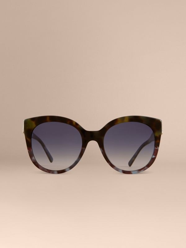 Buckle Detail Cat-eye Frame Sunglasses in Apple Green - Women | Burberry United Kingdom - cell image 2