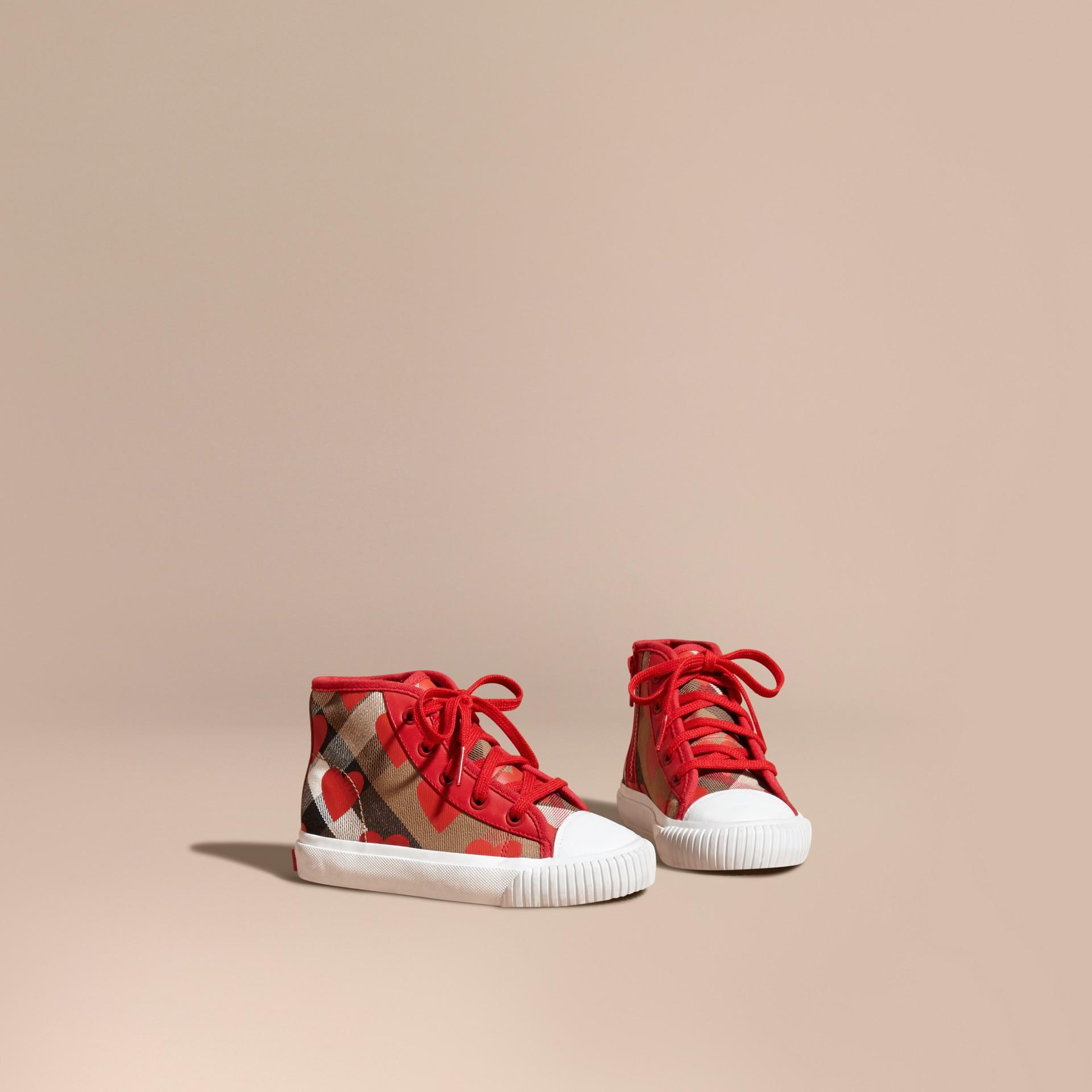 Rosso militare Sneaker alte con motivo check, stampa a pois e finiture in pelle Rosso Militare - immagine della galleria 1