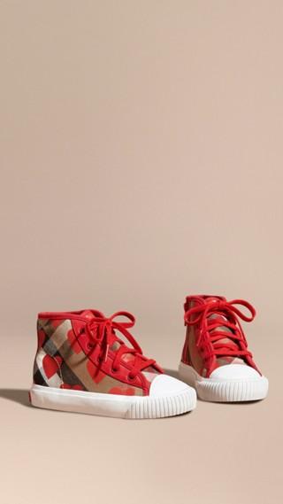 Sneakers montantes à motif check et imprimé à pois, avec détails en cuir