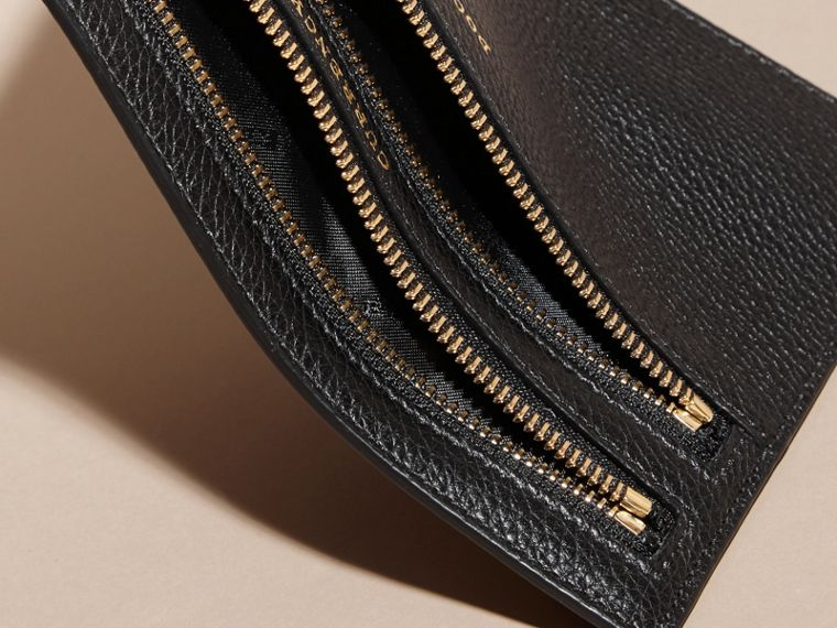 Grainy Leather Currency Wallet in Black | Burberry - cell image 4