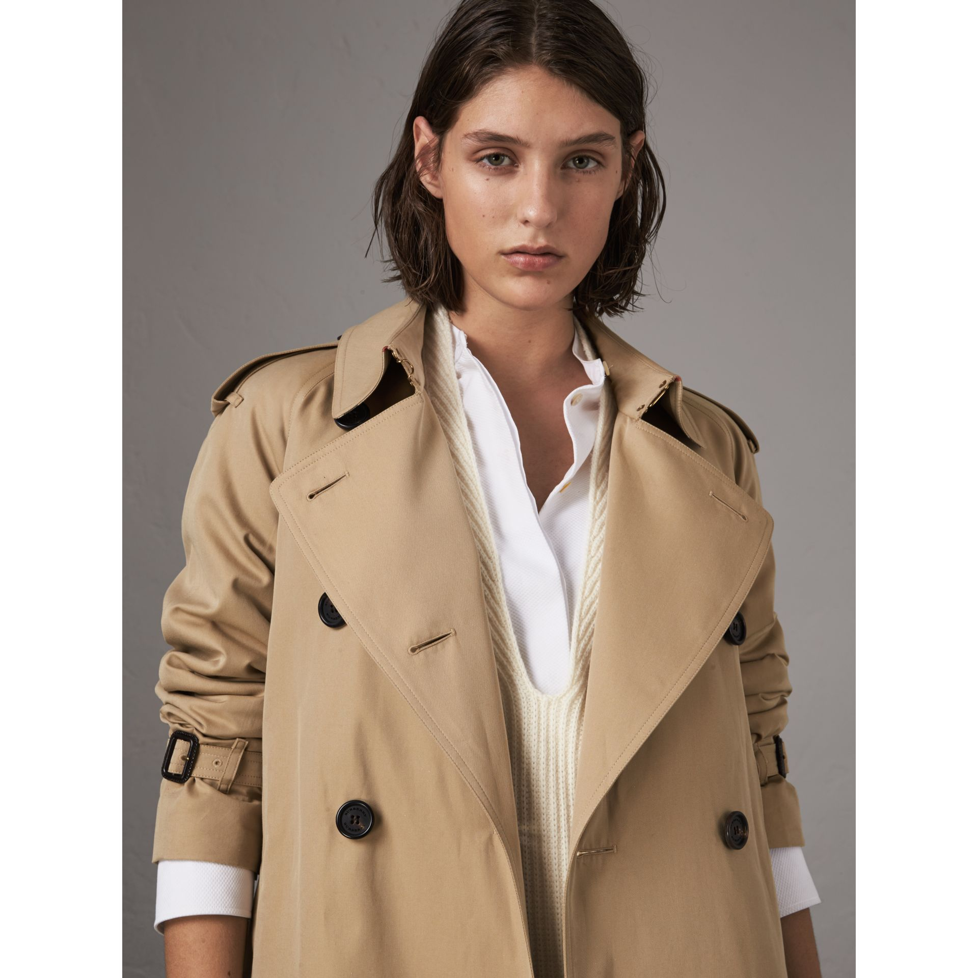 The Westminster – Extra-long Trench Coat in Honey - Women | Burberry - gallery image 4