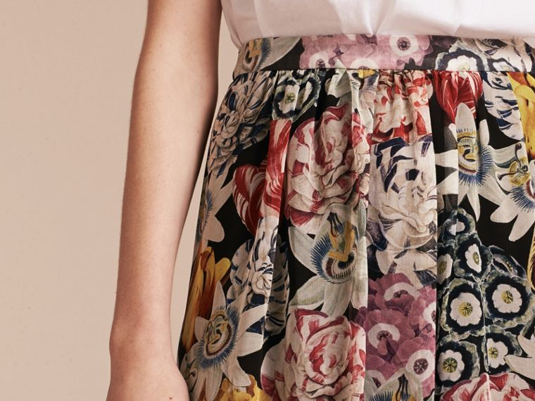 Black Gathered Floral Print Silk Skirt - cell image 4