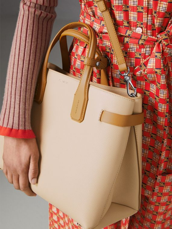 The Medium Banner in Two-tone Leather in Limestone/cornflower Yellow - Women | Burberry United Kingdom - cell image 2
