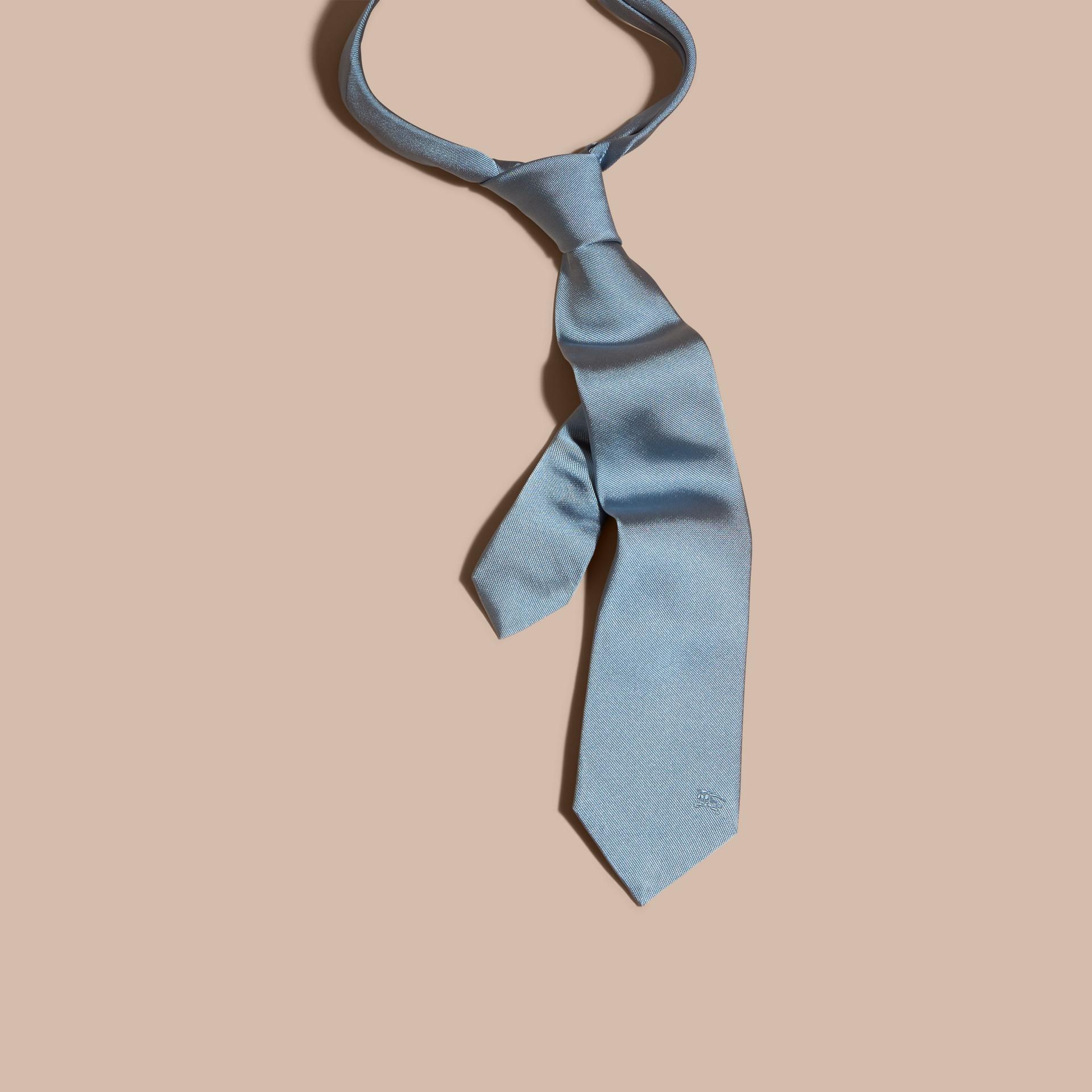 Bleu ciel Cravate moderne en sergé de soie Bleu Ciel - photo de la galerie 3