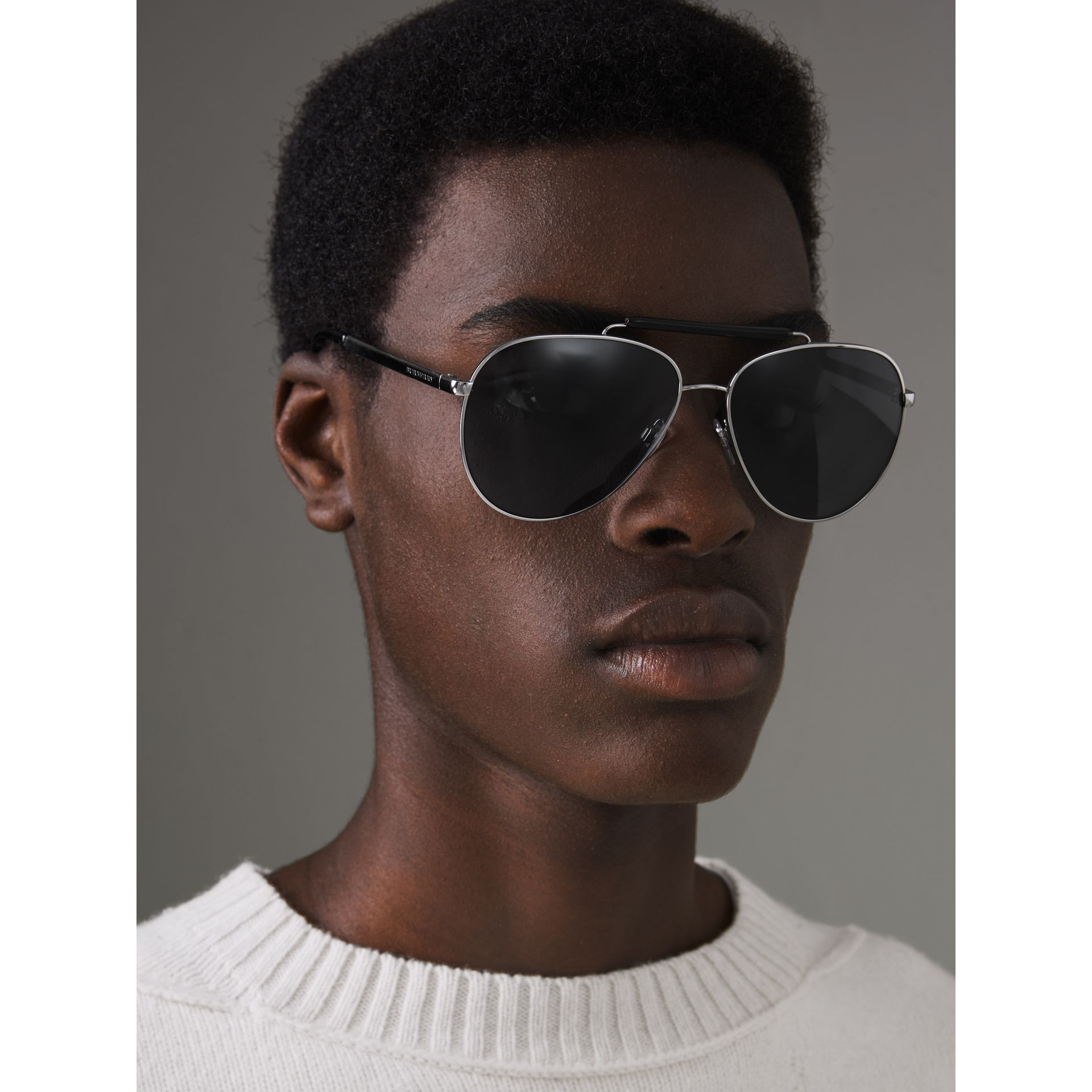 Top Bar Detail Pilot Sunglasses in Black - Men | Burberry Australia - gallery image 3