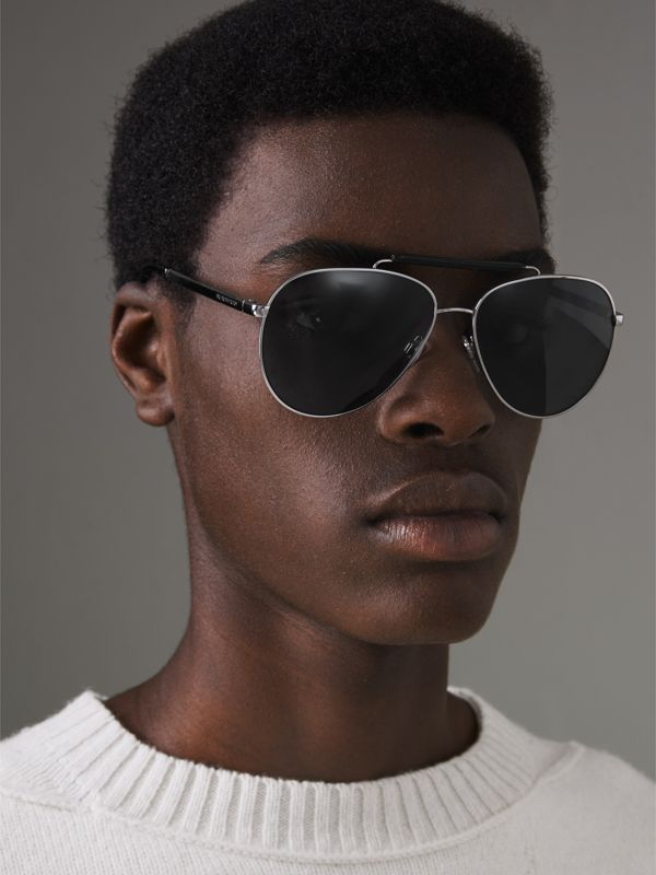 Top Bar Detail Pilot Sunglasses in Black - Men | Burberry Australia - cell image 3