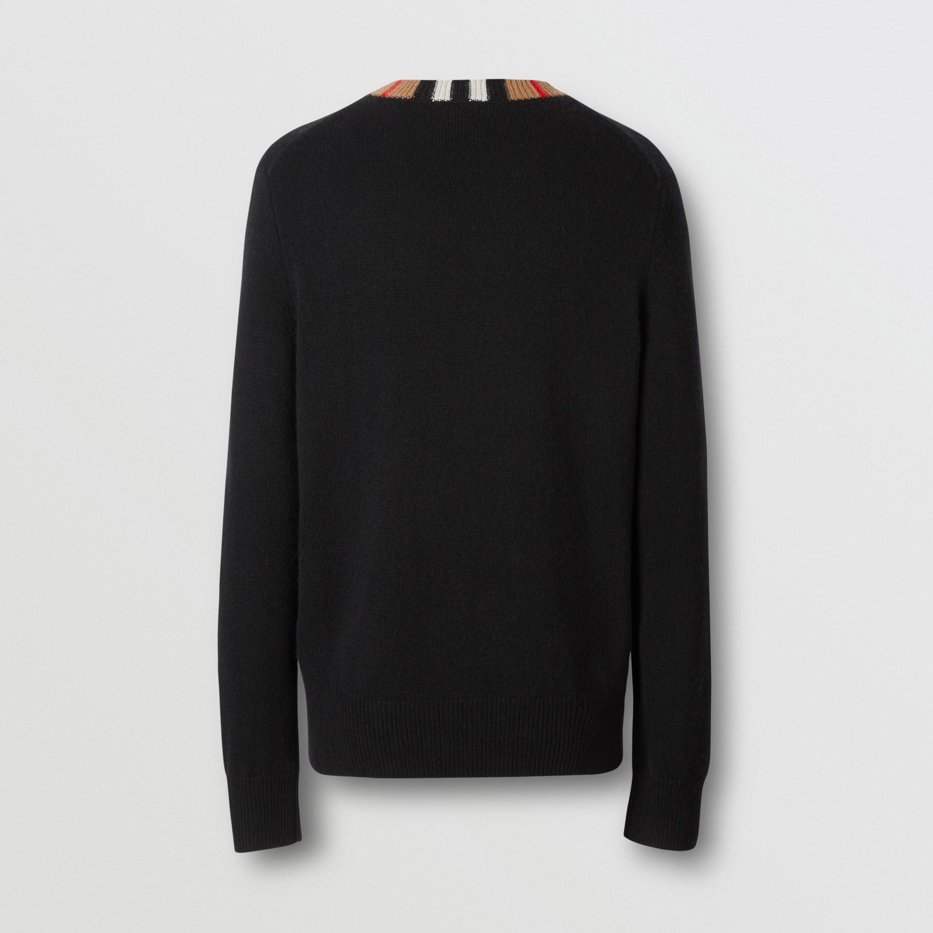 Jersey en cachemir con detalle a rayas Icon Stripe (Negro) - Hombre | Burberry - imagen de la galería 6