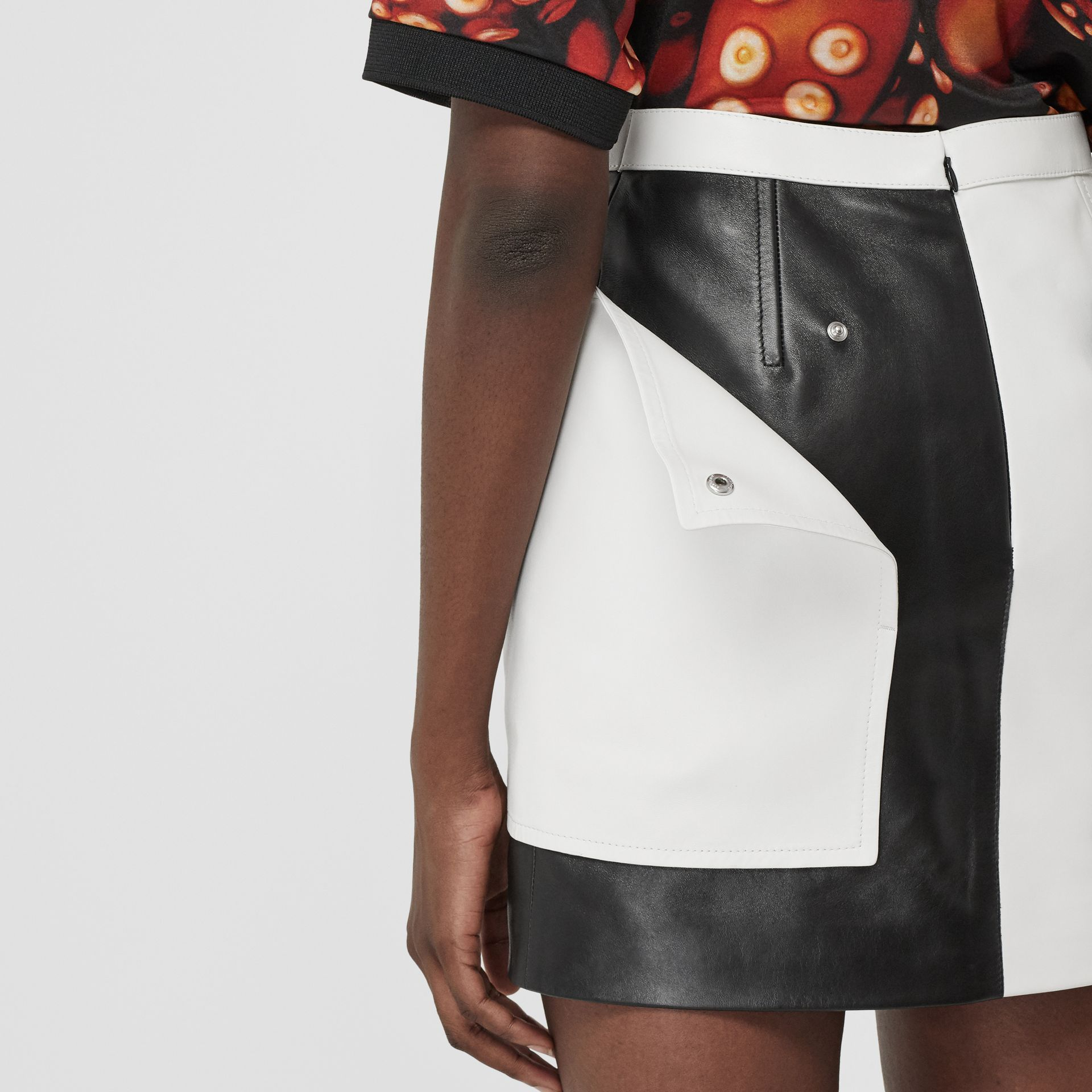 Pocket Detail Two-tone Lambskin Mini Skirt in Black/white - Women | Burberry Australia - gallery image 4
