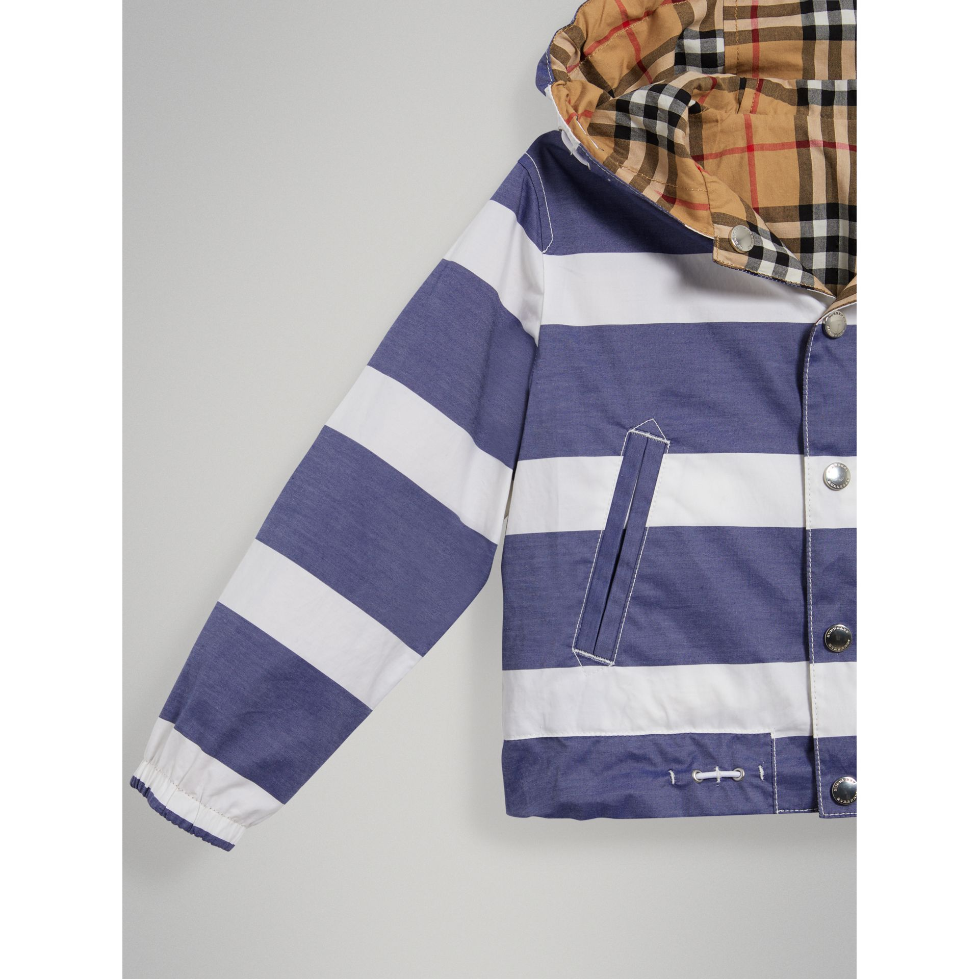 Reversible Stripe and Vintage Check Cotton Jacket in Navy/white - Boy | Burberry - gallery image 4