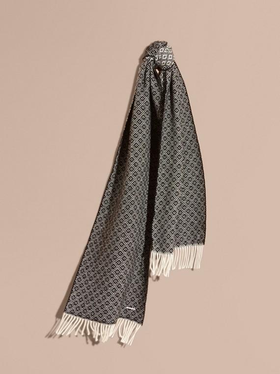 Cachecol de lã e cashmere em matelassê de trama jacquard