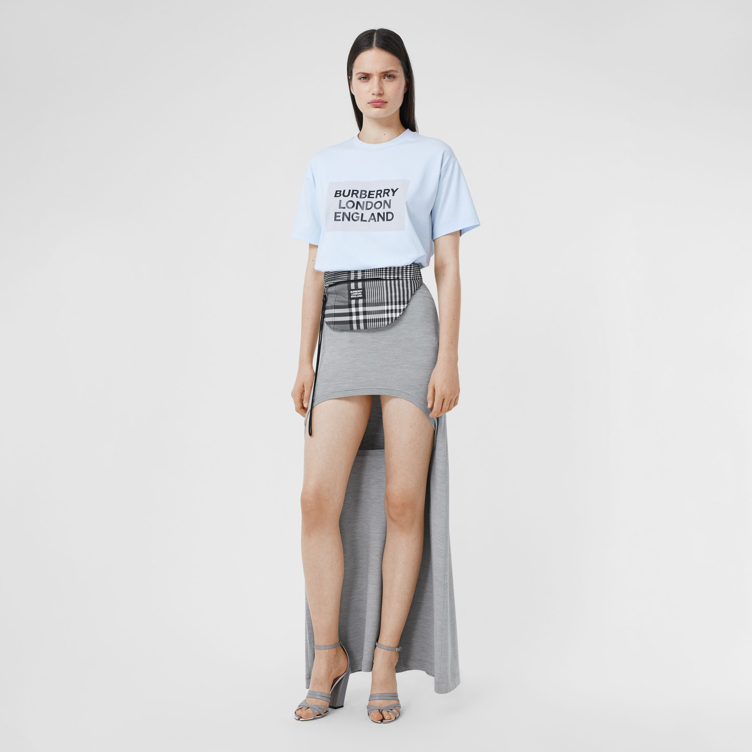 Logo Print Stretch Cotton Oversized T-shirt in Light Blue - Women | Burberry Canada - 1