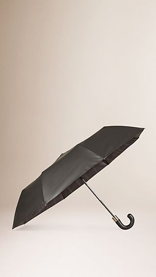 Check-lined Folding Umbrella