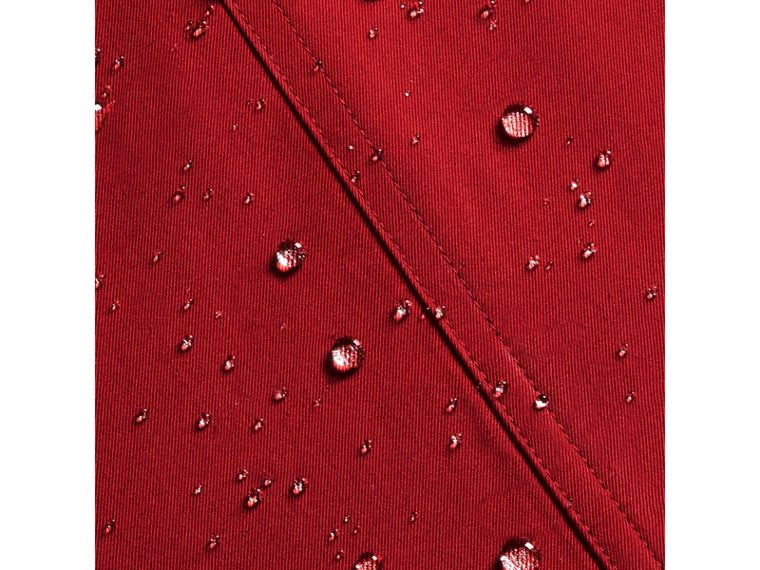 The Wiltshire – Heritage Trench Coat in Parade Red | Burberry Canada - cell image 1