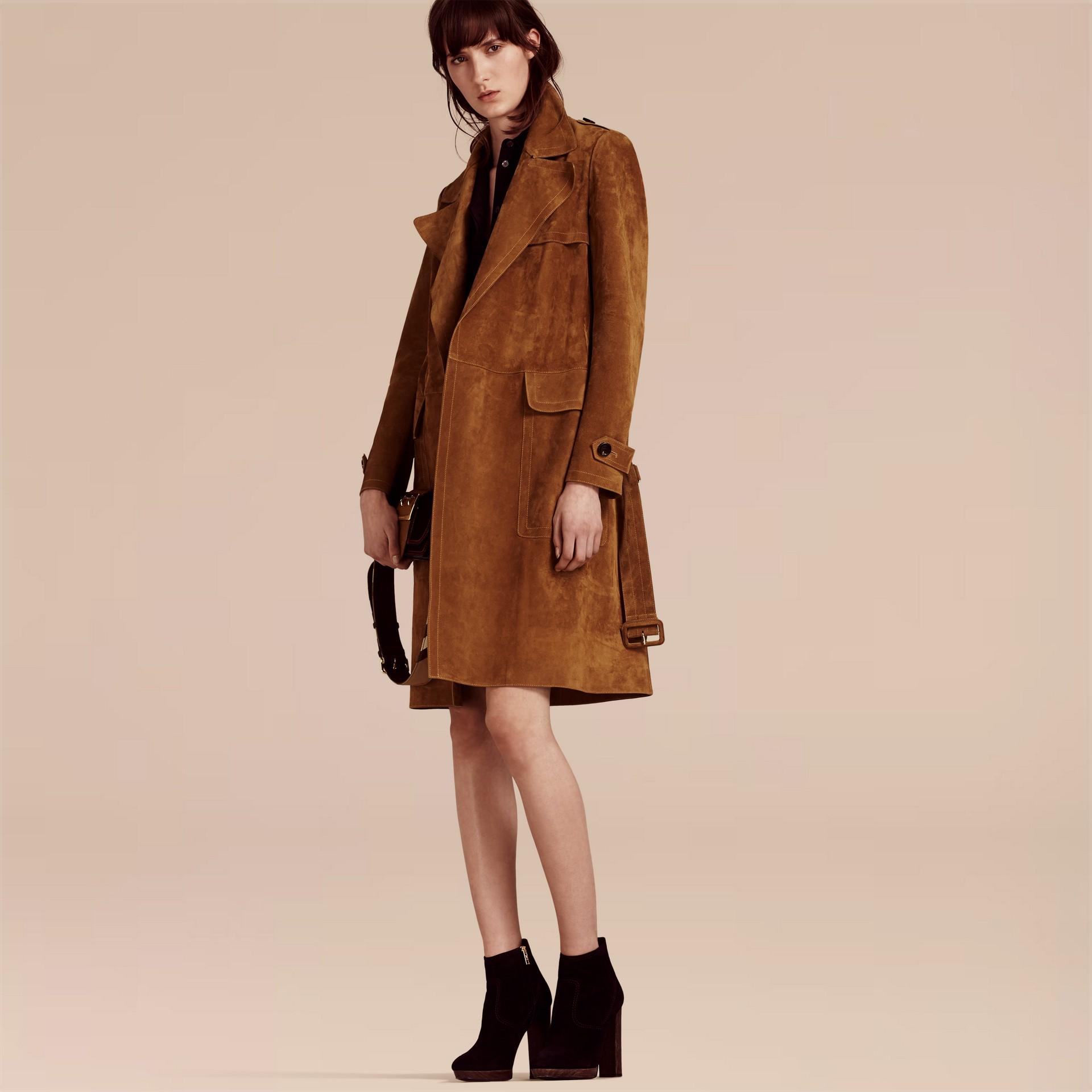 Cognac Manteau portefeuille en cuir velours - photo de la galerie 6