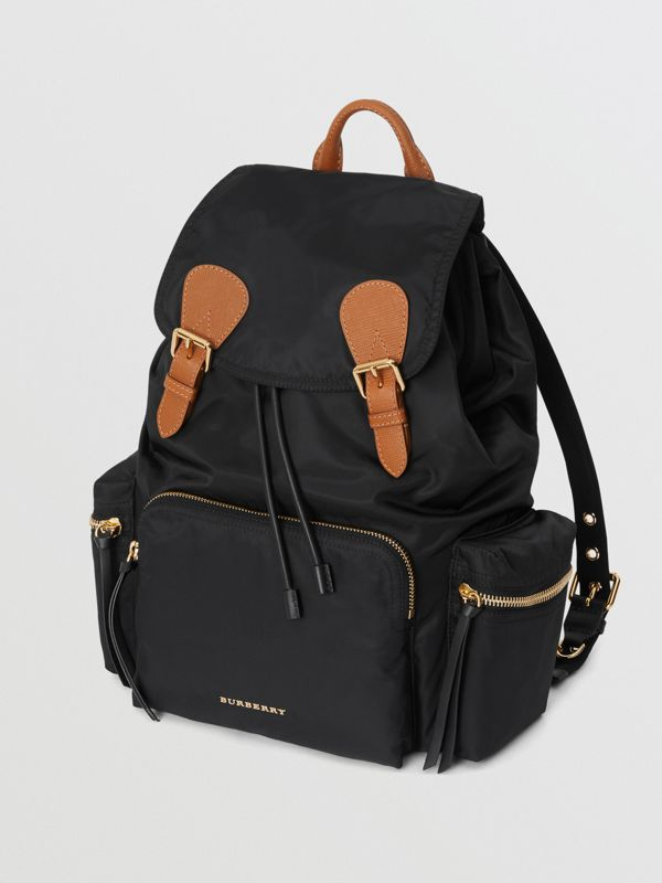 Grand sac The Rucksack en nylon technique et cuir (Noir) - Femme | Burberry - cell image 3
