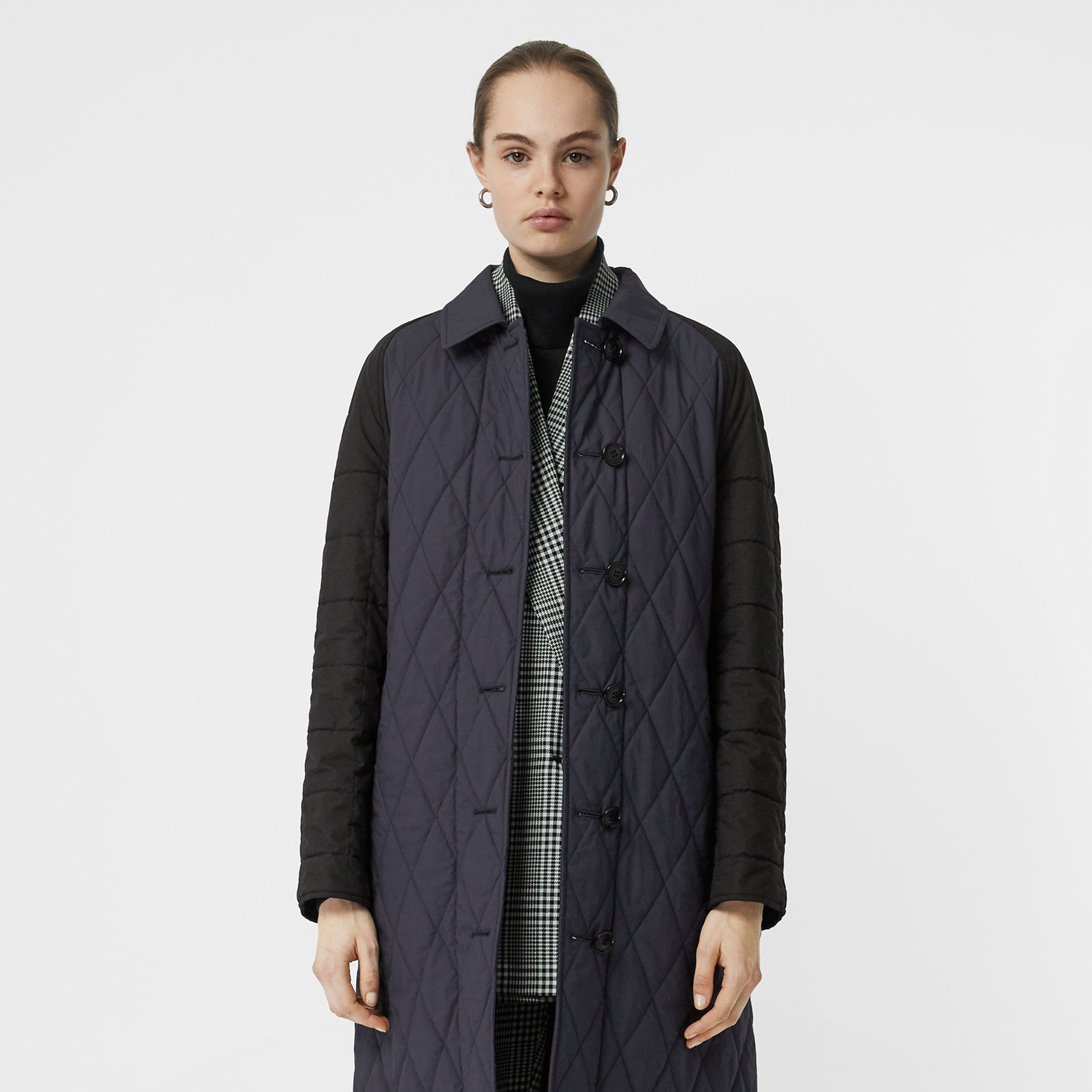 Reversible Contrast Sleeve Quilted Cotton Car Coat in Navy - Women | Burberry - gallery image 7