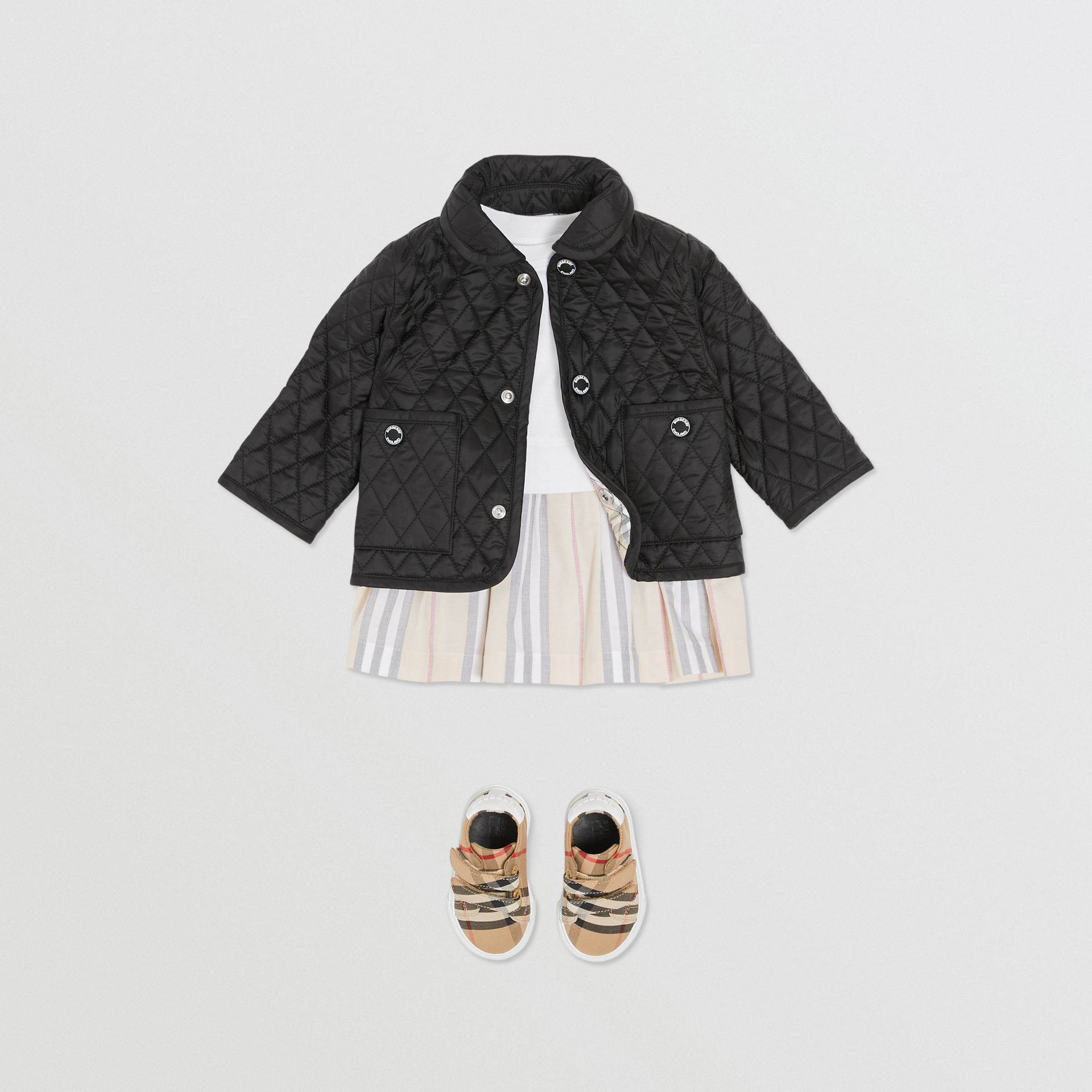 Showerproof Diamond Quilted Jacket in Black - Children   Burberry Hong Kong S.A.R - gallery image 2