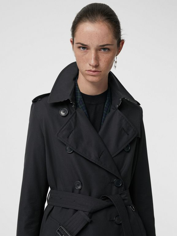 The Long Kensington Heritage Trench Coat in Midnight - Women | Burberry Australia - cell image 1