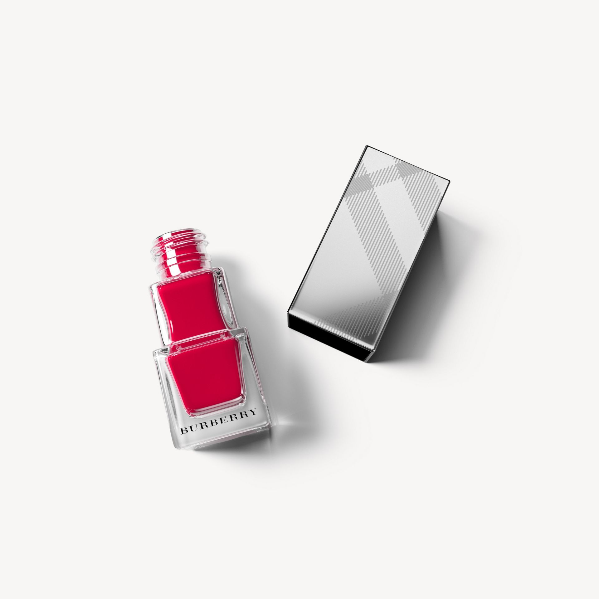 Nail Polish - Lacquer Red No.302 - Women | Burberry - gallery image 0
