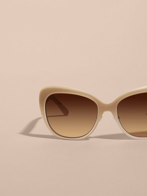 Check Detail Square Cat-eye Sunglasses in Chino Grey - cell image 2