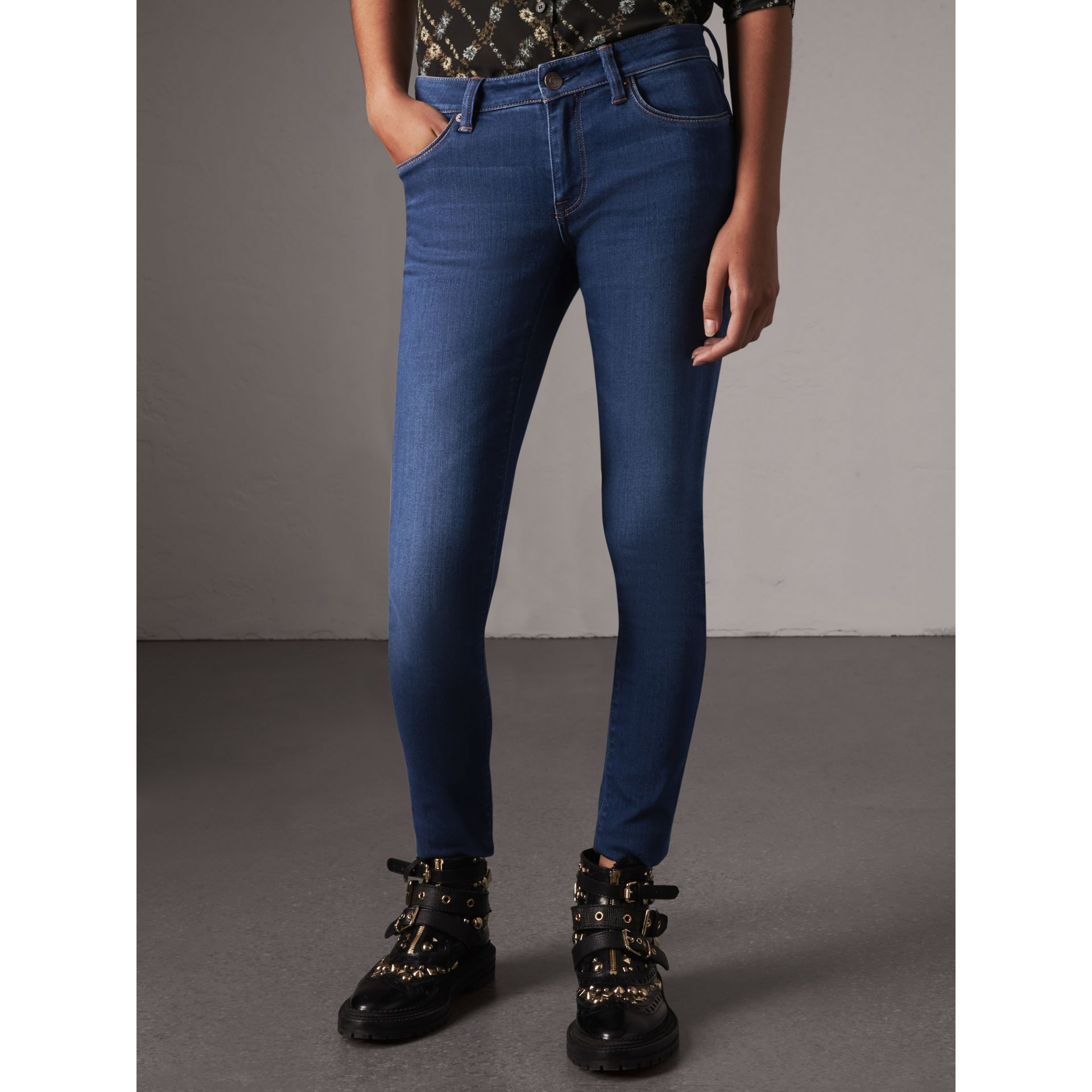 Skinny Fit Low-rise Power-stretch Jeans in Mid Indigo - Women | Burberry United States - gallery image 4
