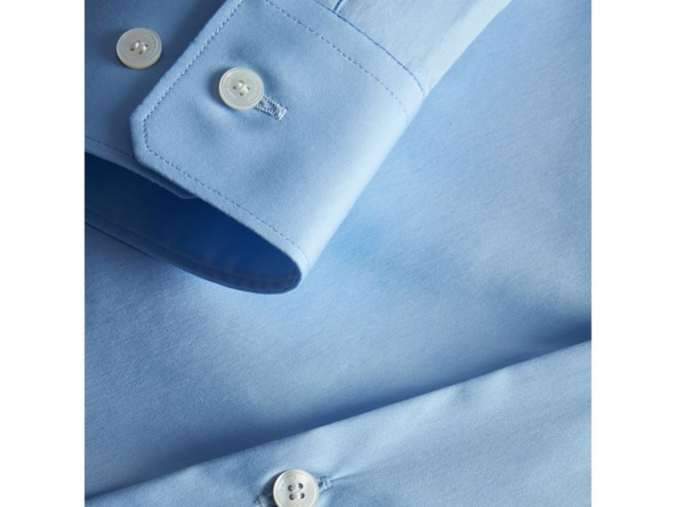 Modern Fit Stretch Cotton Shirt in City Blue - Men | Burberry Hong Kong - cell image 1