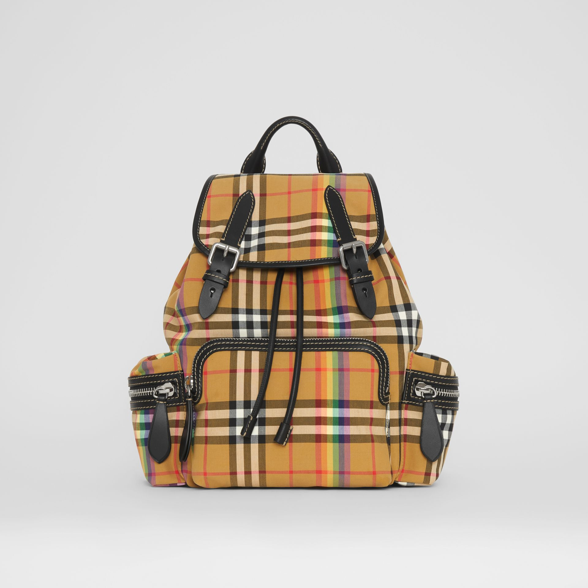 Sac The Rucksack moyen à motif Rainbow Vintage check (Jaune Antique) - Femme | Burberry - photo de la galerie 0
