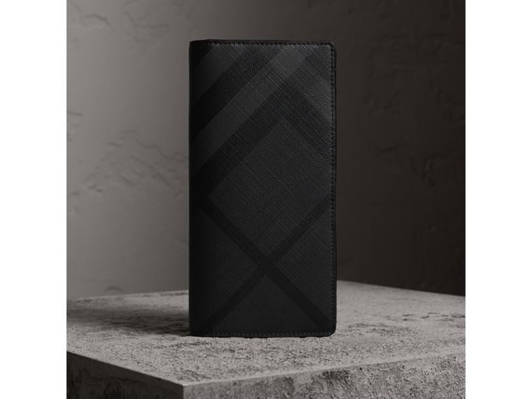 London Check and Leather Continental Wallet in Charcoal/black - Men | Burberry - cell image 4
