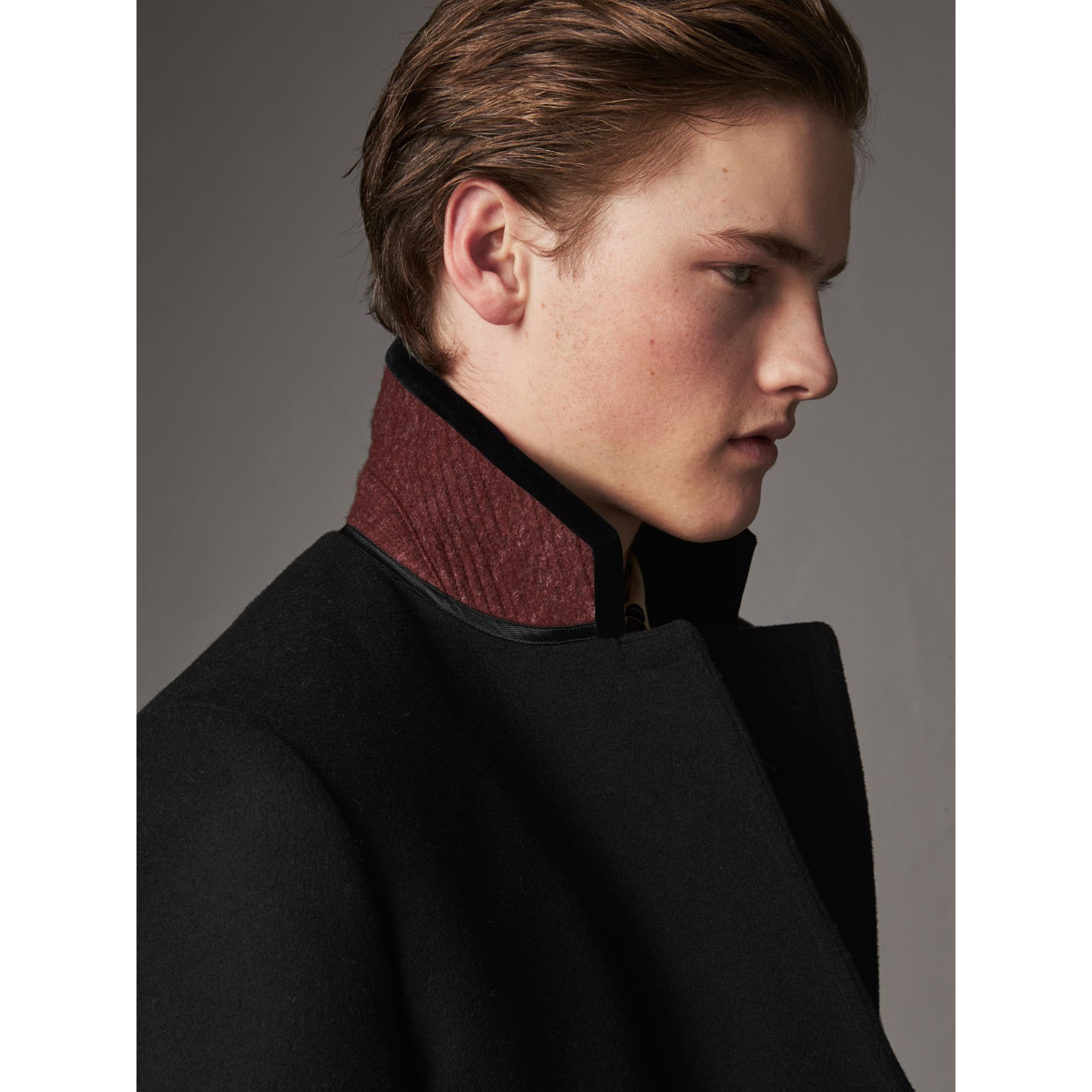 Velvet Collar Wool Cashmere Blend Riding Coat in Black - Men | Burberry - gallery image 4