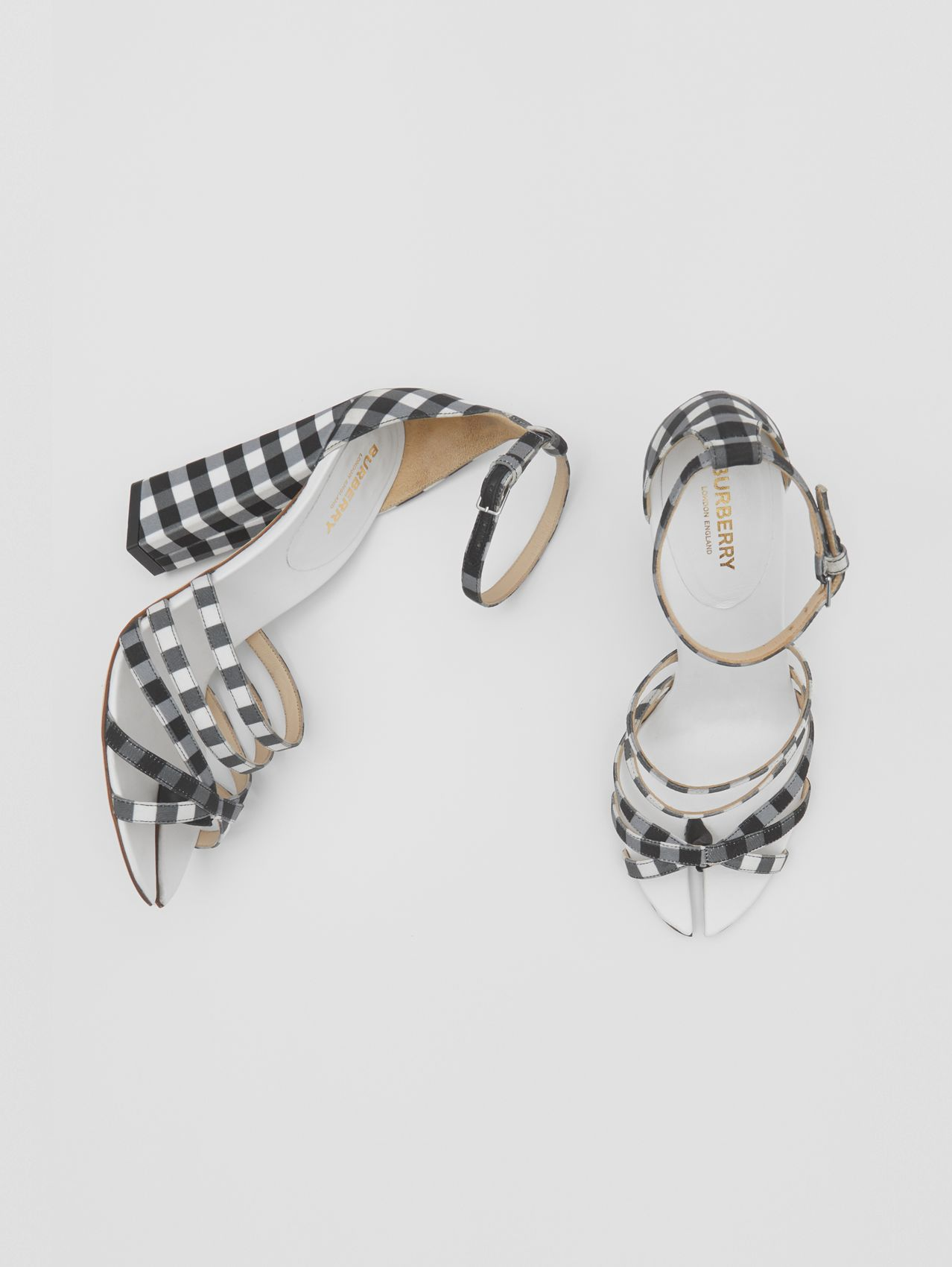 Split-Toe Detail Gingham Cotton Sandals in Black/white