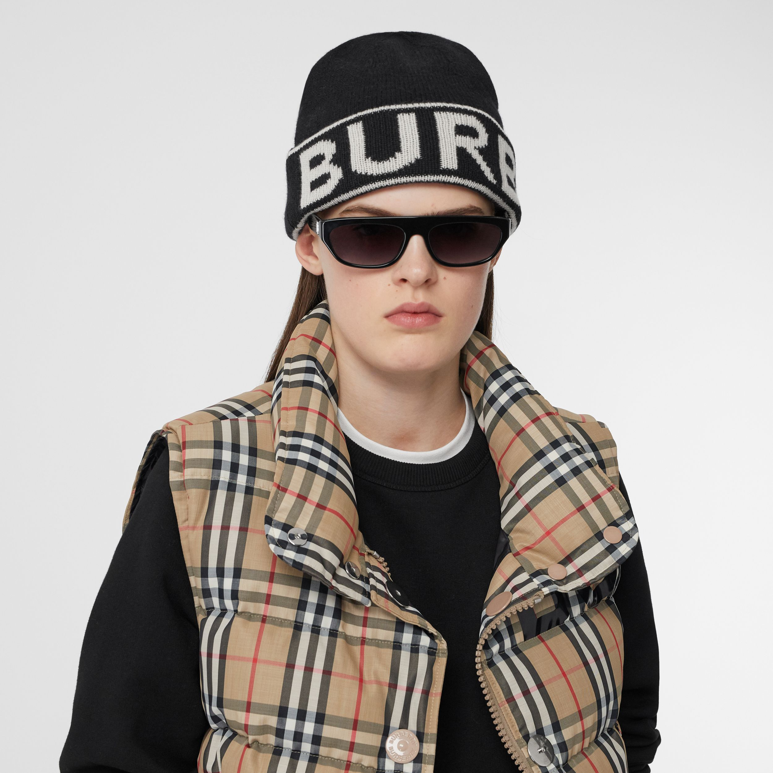Logo Intarsia Cashmere Beanie in Black | Burberry - 3