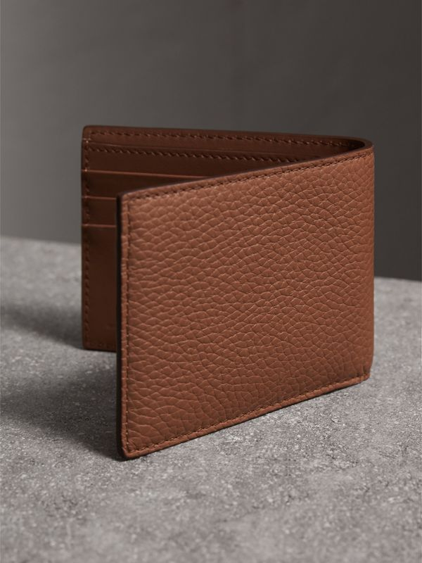 Textured Leather Bifold Wallet in Chestnut Brown - Men | Burberry United Kingdom - cell image 2