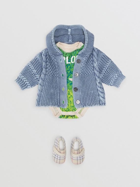 Jaqueta com capuz de algodão com texturas contrastantes (Azul Terroso)