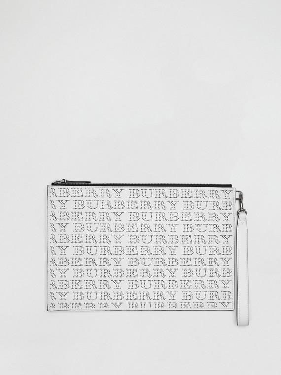 Bolsa pouch de couro com logotipos perfurados (Branco Óptico)