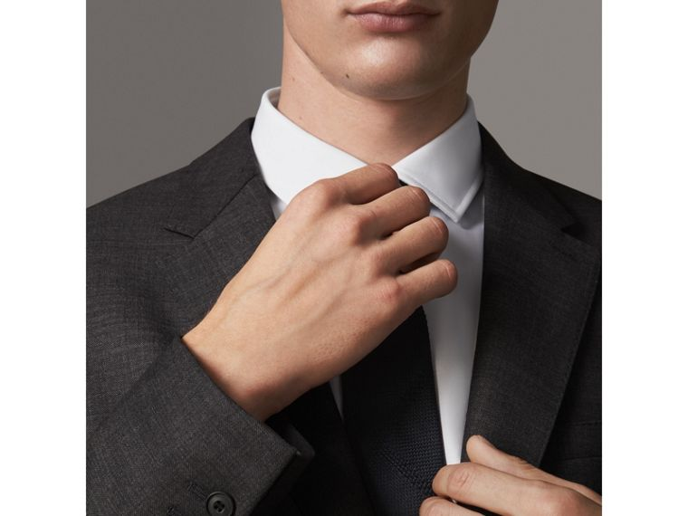 Modern Fit Travel Tailoring Virgin Wool Suit in Dark Grey Melange - Men | Burberry - cell image 4