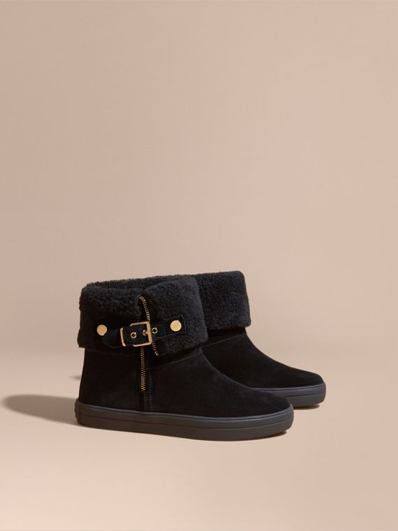 Shearling-lined Suede Ankle Boots Black